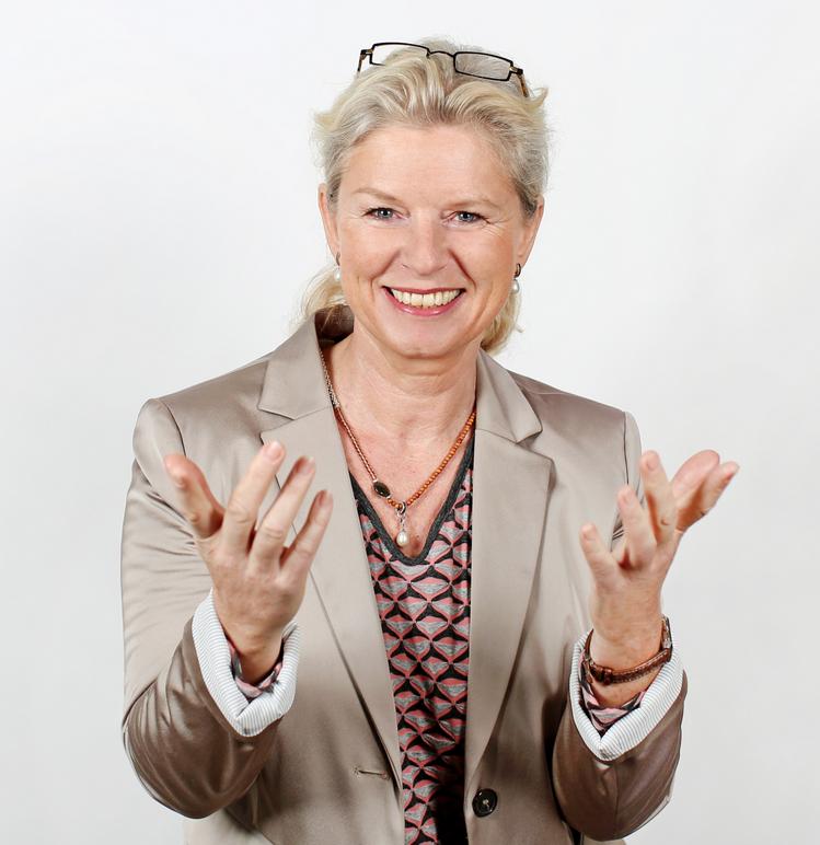 NLP Trainerin und Systemischer Coach Martina Schmidt-Tanger